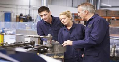 Καθορισμός τομέων και εργαστηρίων του Σ.Ε 1ΟΥ ΕΠΑΛ Κρανιδίου και ορισμός υπεύθυνου τομέα και υπευθύνων εργαστηρίων κατεύθυνσης